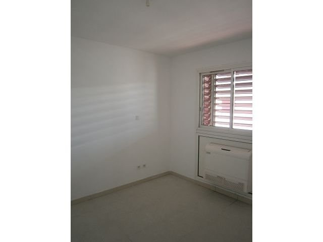 Location appartement St denis 540€ CC - Photo 2