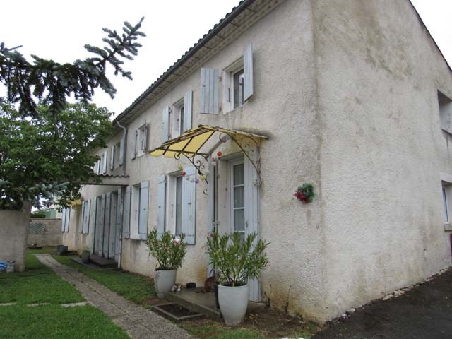 Sale house / villa Saint jean d'angely 201 400€ - Picture 2