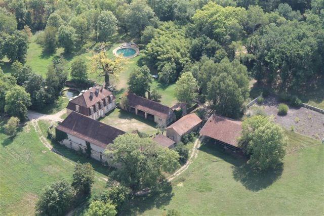 Vente de prestige maison / villa Thenon 598500€ - Photo 5