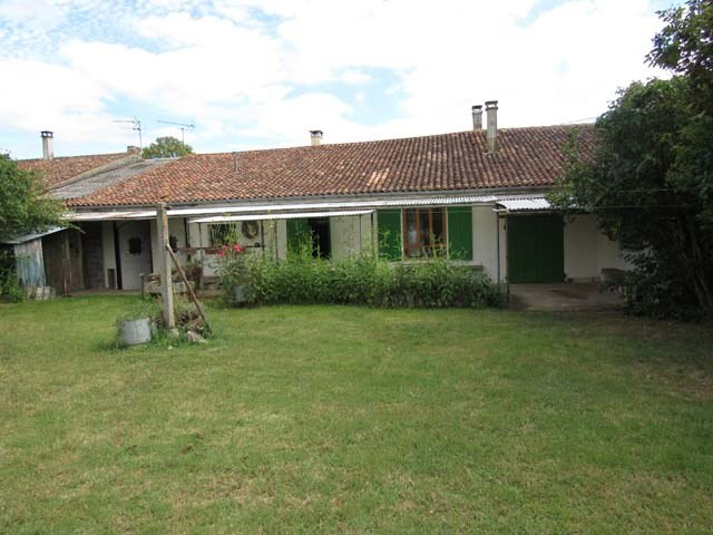 Sale house / villa Archingeay 99 675€ - Picture 1