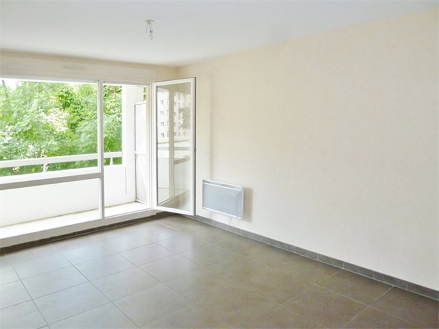 Location appartement Cran gevrier 785€ CC - Photo 1