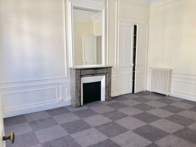 Rental office Paris 8ème 15 333€ HC - Picture 7