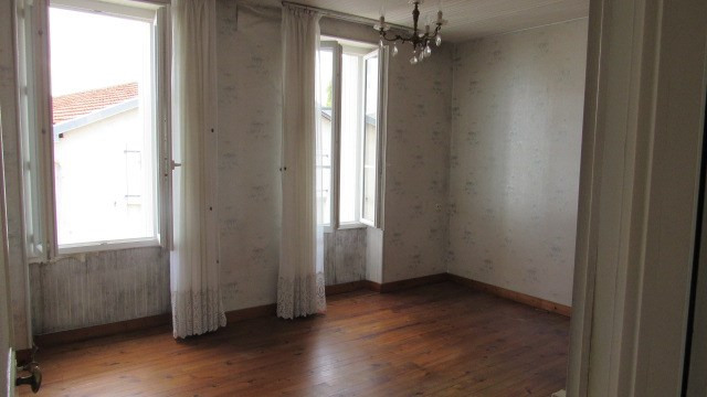 Vente maison / villa Saint jean d'angely 106 500€ - Photo 6