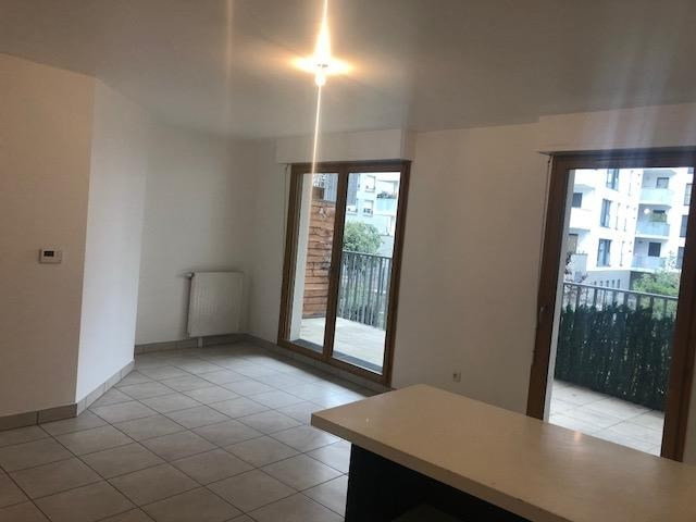 Rental apartment St denis 1 285€ CC - Picture 1
