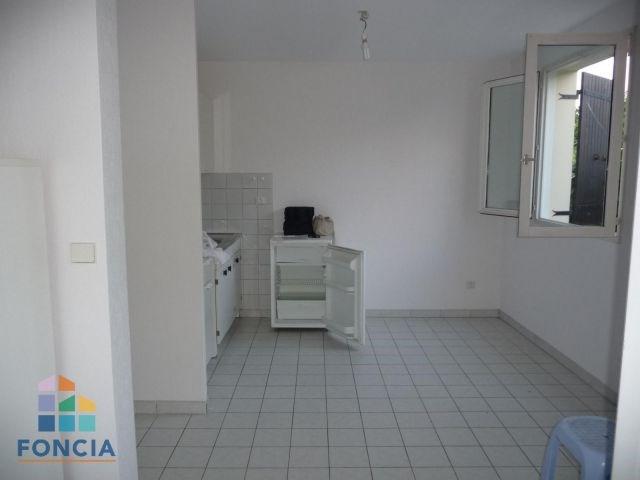 Location appartement Chambéry 459€ CC - Photo 3
