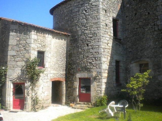 Sale house / villa Les herbiers 470250€ - Picture 2