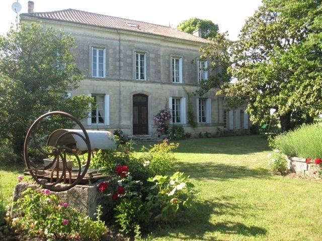 Vente de prestige maison / villa Saint-fort-sur-gironde 599000€ - Photo 12