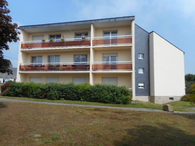 Rental apartment Plancoet 535€ CC - Picture 1