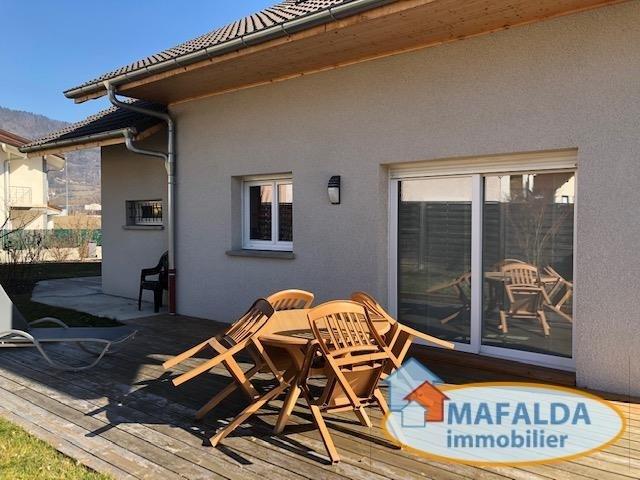 Sale house / villa Scionzier 275000€ - Picture 1