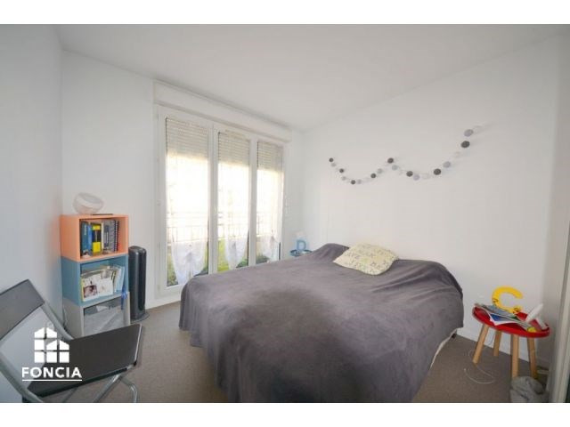 Sale apartment Suresnes 525000€ - Picture 8