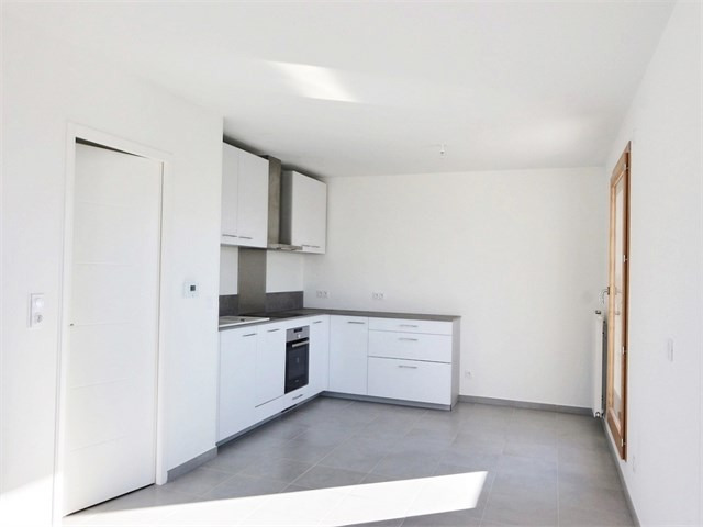 Rental apartment Annecy 846€ CC - Picture 2