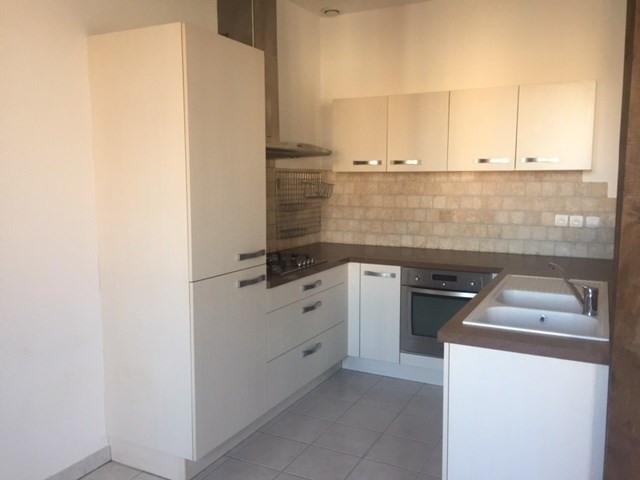 Locação apartamento Saint-just-malmont 676€ CC - Fotografia 1