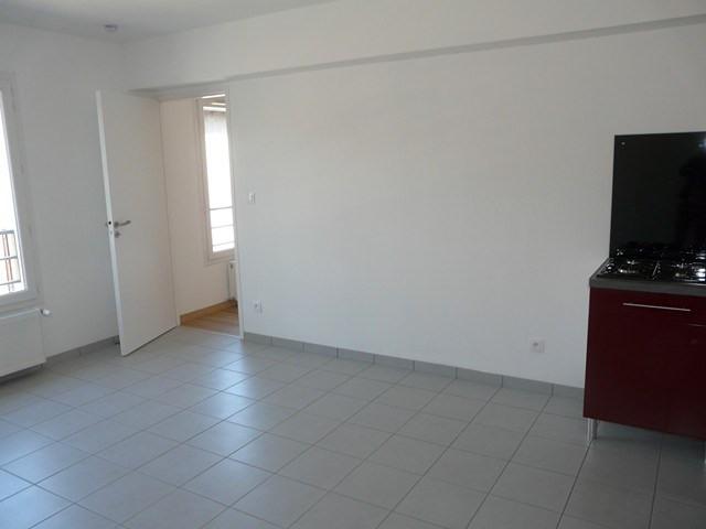 Verhuren  appartement Roche-la-moliere 460€ CC - Foto 7