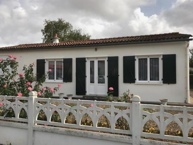 Vente maison / villa Neuville du poitou 157000€ - Photo 1