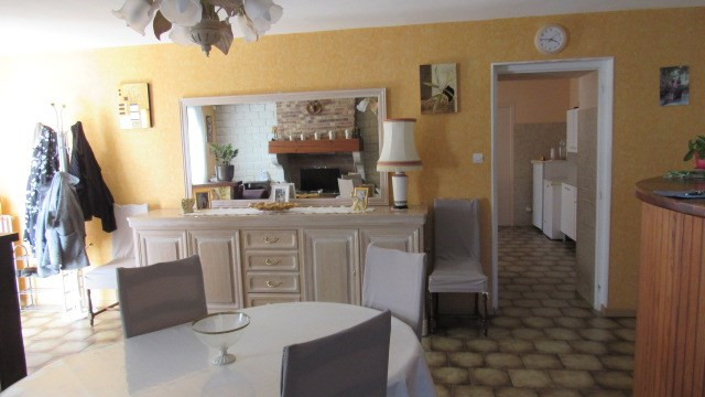 Sale house / villa La chapelle baton 127 500€ - Picture 4