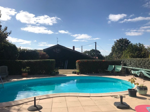 Sale house / villa Le girouard 336500€ - Picture 6