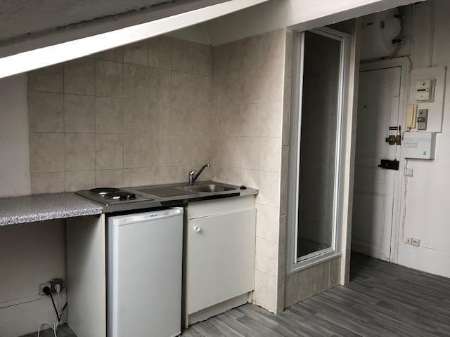 Rental apartment Courbevoie 500€ CC - Picture 3