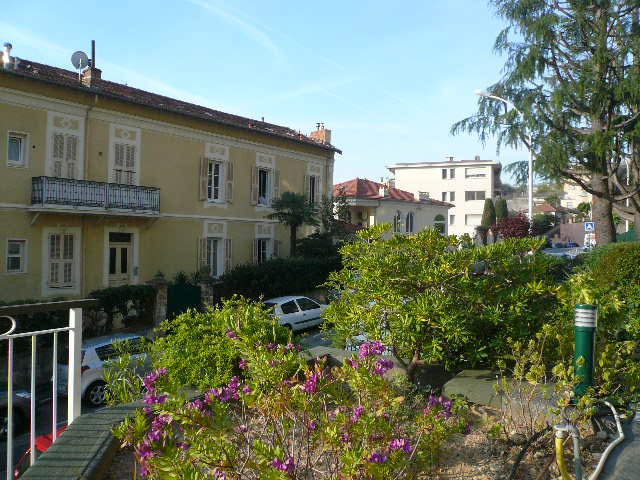 Rental apartment Nice 640€ CC - Picture 1