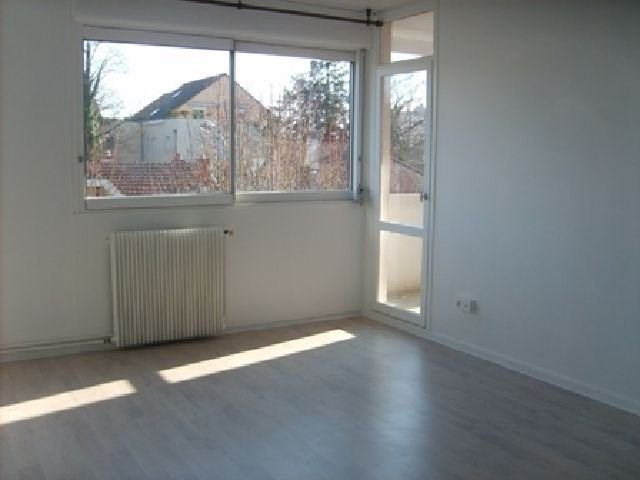 Location appartement Chalon sur saone 557€ CC - Photo 2