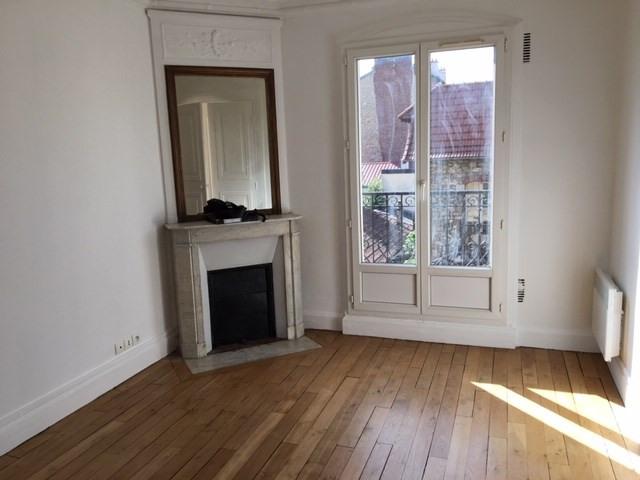 Rental apartment La garenne colombes 930€ CC - Picture 3