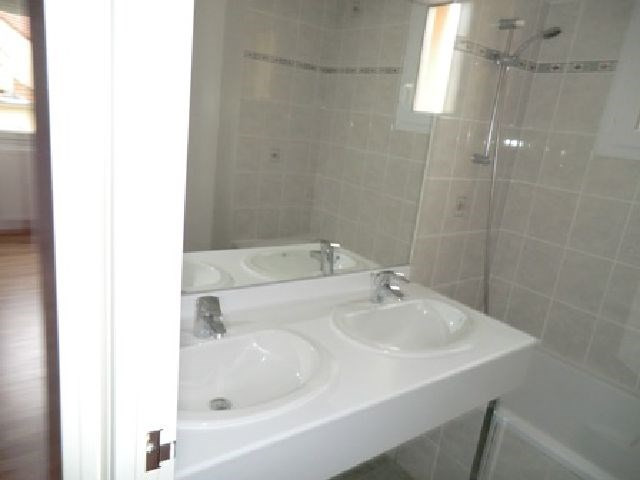 Location maison / villa St remy 770€ CC - Photo 8