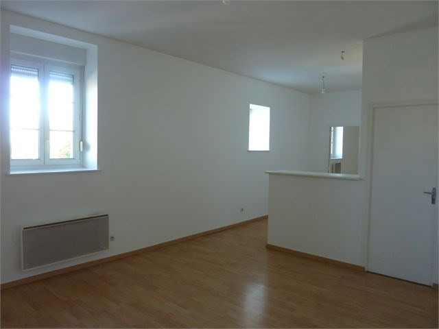 Location appartement Toul 410€ CC - Photo 2