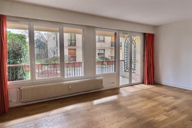 Sale apartment Versailles 650000€ - Picture 2