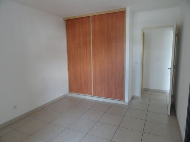 Location appartement Ste clotilde 590€ CC - Photo 4