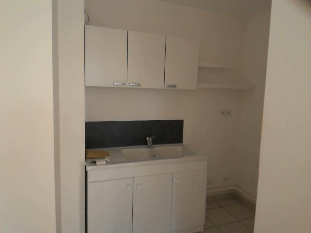 Location appartement Peronnas 514€ CC - Photo 5