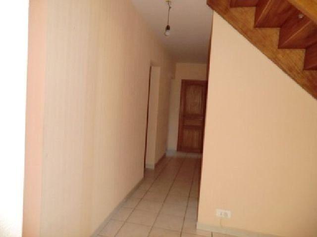 Location maison / villa Fragnes 890€ CC - Photo 9