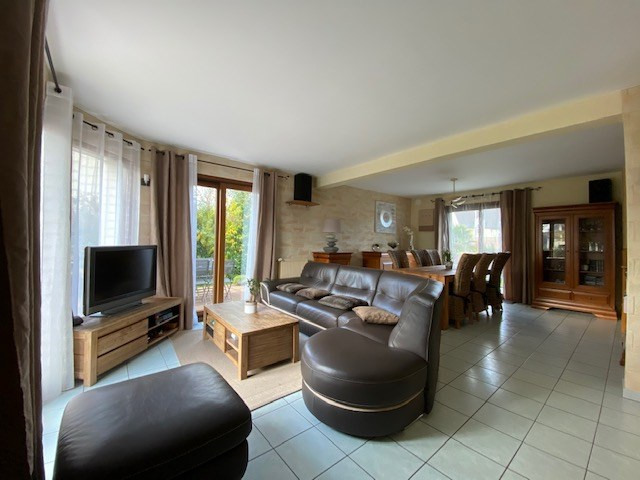 Vente maison / villa Bruz 331200€ - Photo 4