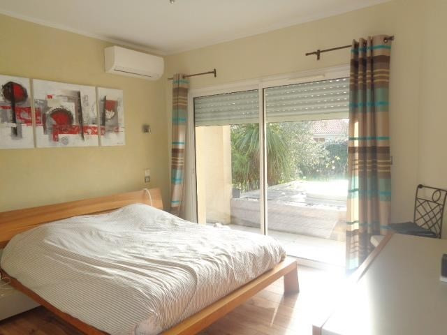 Sale house / villa Saint andre de cubzac 430000€ - Picture 5