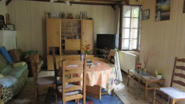 Sale house / villa Saint jean d'angely 75 000€ - Picture 4