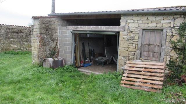 Sale house / villa Villeneuve-la-comtesse 104400€ - Picture 8