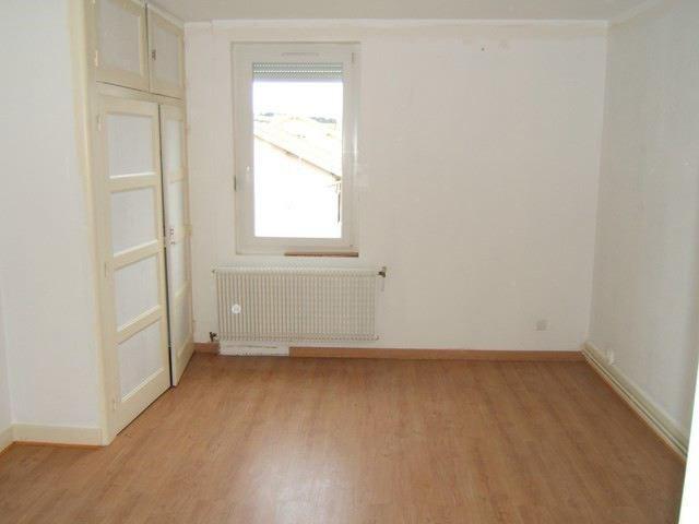 Rental apartment Roche-la-moliere 513€ CC - Picture 1