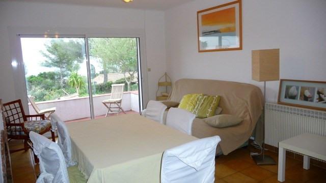 Location vacances maison / villa Les issambres 1105€ - Photo 4
