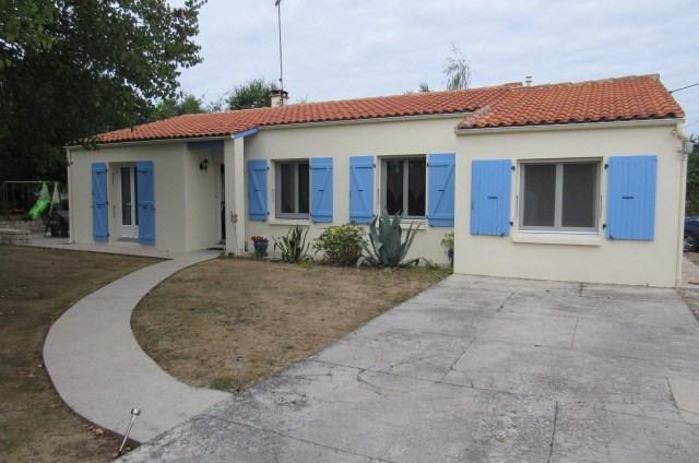 Sale house / villa Bords 185500€ - Picture 1