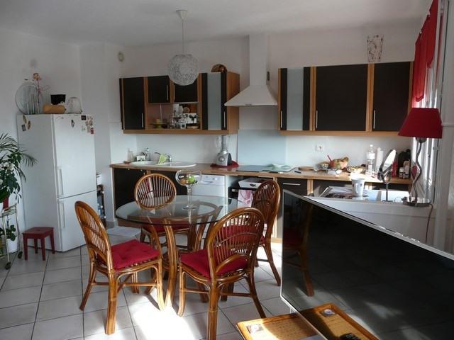 Venta  apartamento Saint-genest-lerpt 85000€ - Fotografía 3