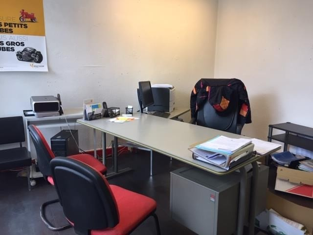 Vente bureau Pau 102 000€ - Photo 1