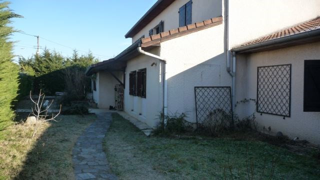 Vente maison / villa Bonson 250 000€ - Photo 2