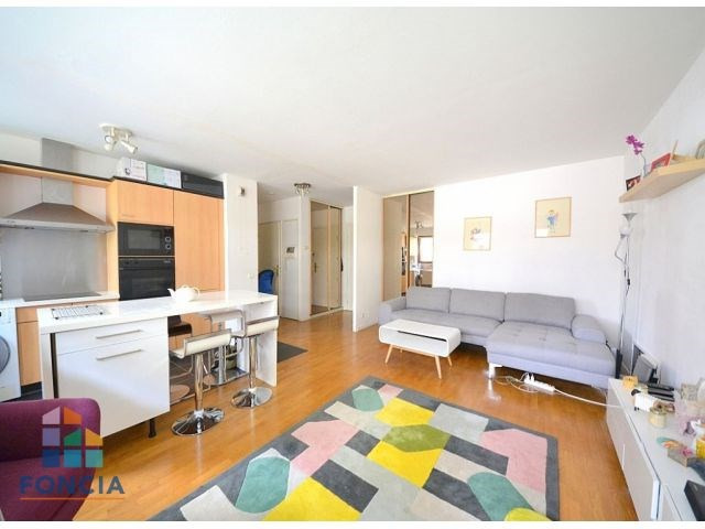 Vente appartement Suresnes 385000€ - Photo 1