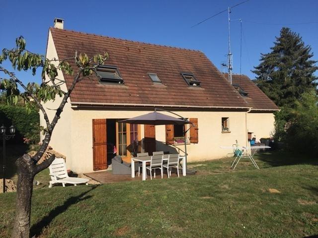 Sale house / villa Orgeval 530000€ - Picture 1
