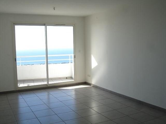 Location appartement Ste clotilde 586€ CC - Photo 4