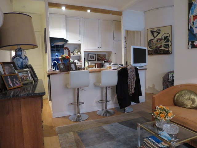 Sale apartment Paris 1er 525000€ - Picture 2