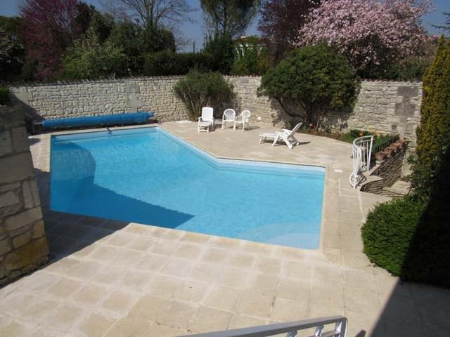 Sale house / villa Saint-jean-d'angély 273245€ - Picture 9