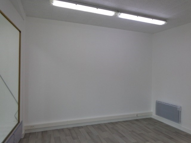 Rental empty room/storage Carentan 500€ HC - Picture 2
