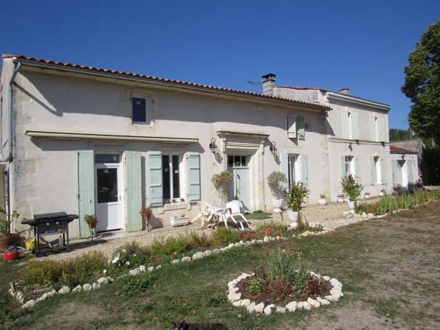 Vente maison / villa Tonnay boutonne 299620€ - Photo 1