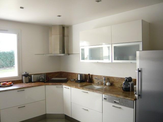 Sale house / villa St germain les corbeil 570000€ - Picture 4