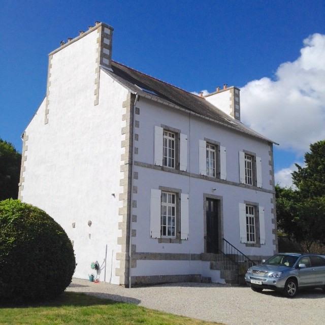 Sale house / villa Plouguernevel 195780€ - Picture 1