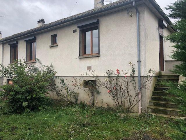 Sale house / villa Guiscard 105000€ - Picture 1
